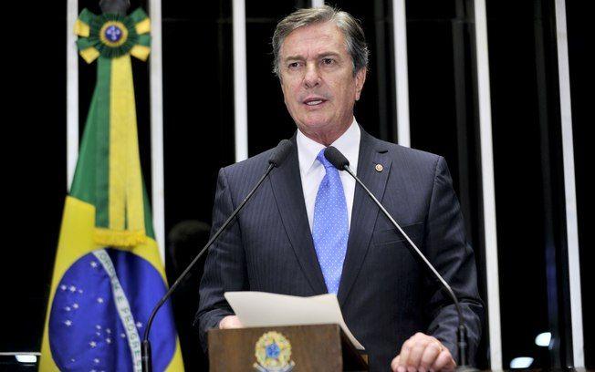 Fernando Collor atualmente é senador pelo estado do Alagoas desde 2007