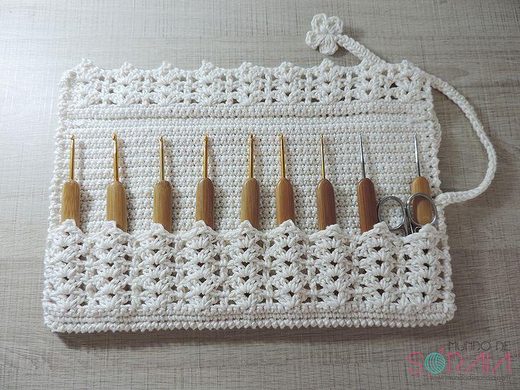 Crochet Hook Case: photo tutorial & #crochet pattern in Portuguese