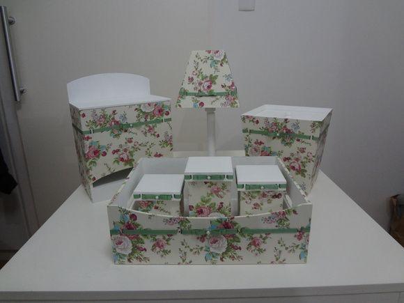 Kit caixas MDF forradas no tecido Bebe, Ems and Chang'e 3 -> Como Pintar E Decorar Kit Higiene Para Bebe Em Mdf