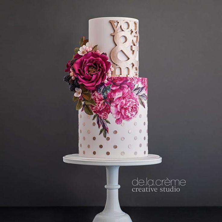 """""""Mi piace"""": 1,376, commenti: 36 - De la Crème Creative Studio (@delacremestudio) su Instagram: """"Fuchsia overload for Valentine's Day! Gorgeous edible florals and stylish block print paired with…"""""""