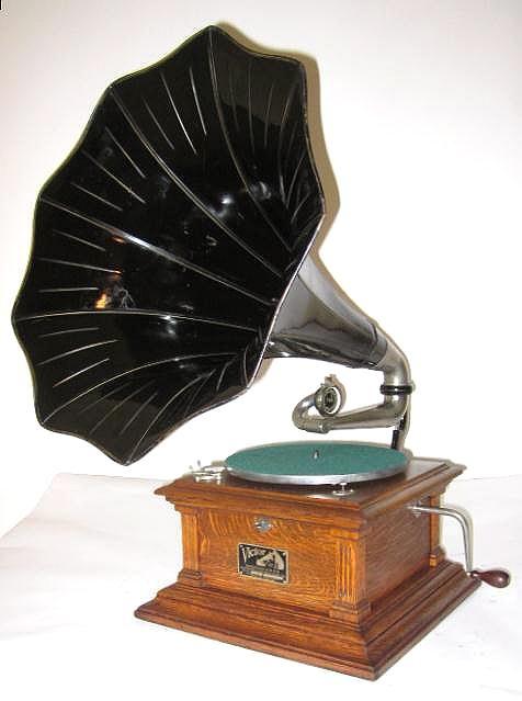 Phonographs For Sale Antique Phonographs Graphophones Gramophones Talking Machines Edison Victor Rca Columbia Music Box Vintage Gramophone Phonograph