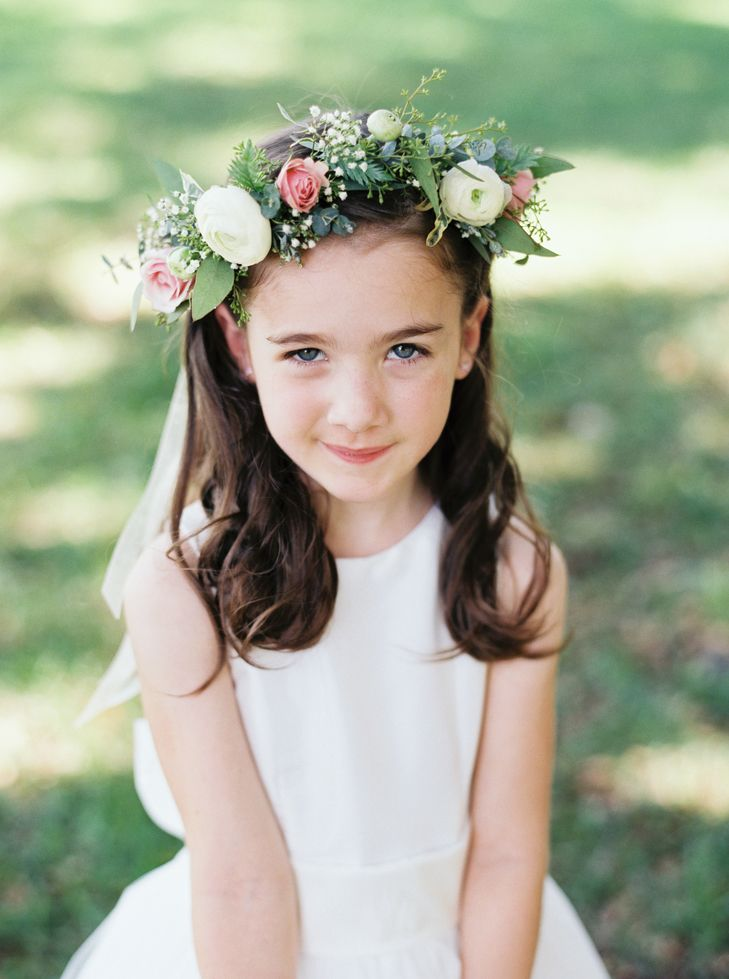 Ranunculus and Rose Flower Girl Crown | Missy Gunnels Flowers | Cassidy Carson Photography | http://knot.ly/6494BxsLm | http://knot.ly/6495BxsLW | http://knot.ly/6496BxsLo