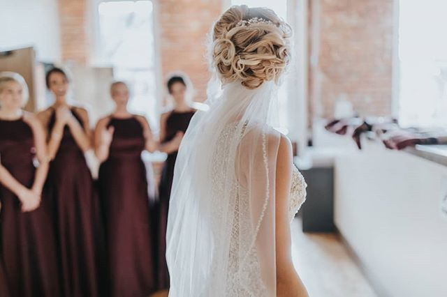 A First Look Reveal For Wsibride Madelyn And Her Bridesmaids We Love Special Wedding Moments Like This P Wedding Bridesmaid Dresses Wedding Dresses Wedding