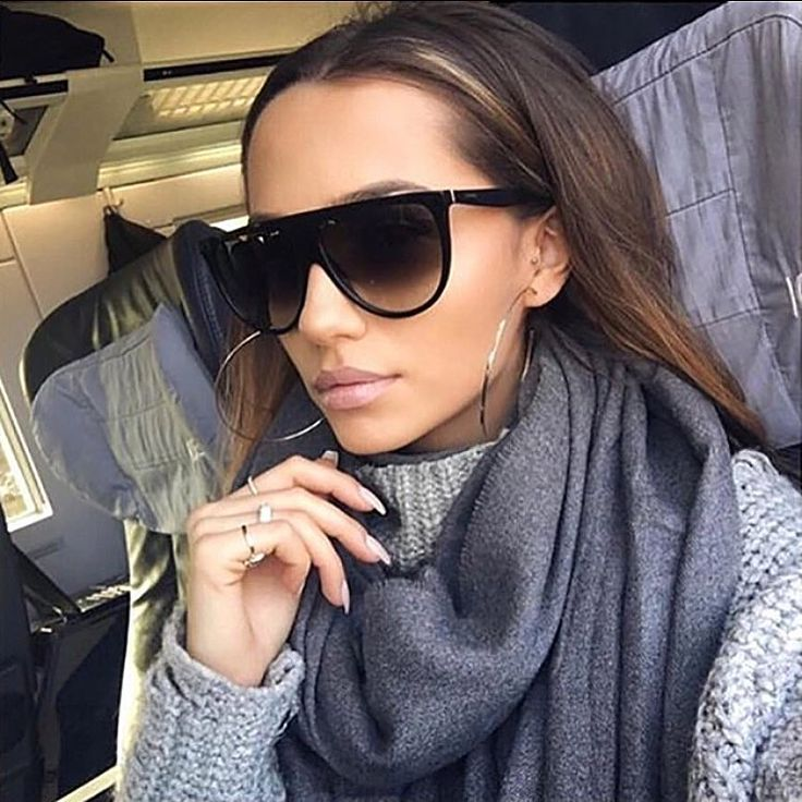 Новые модели под заказ 💣 Классические чёрные очки с тонкими дужками ✨✨✨ 2300 ✨✨✨ Оттенки в ассортименте 📲📲📲 What's app +7(911)742-44-25  #geefamshop #очки #очкивналичии #очкиспб #очкимск #настиле