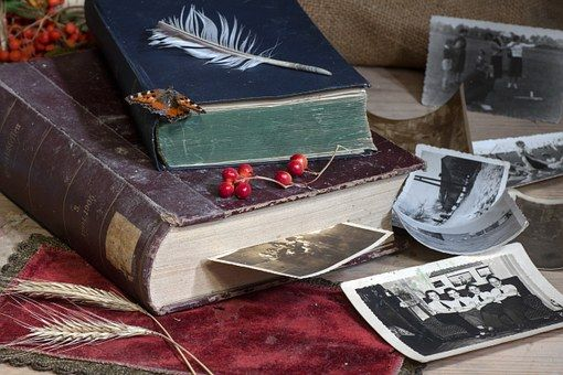Asetelma, Kirjat, Vanhat Kirjat