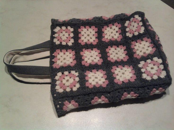 DIY crochet shopping bag