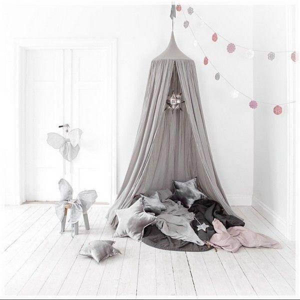 ciel de lit canopy gris silver numero 74 girl 39 s room pinterest gris recherche et argent. Black Bedroom Furniture Sets. Home Design Ideas