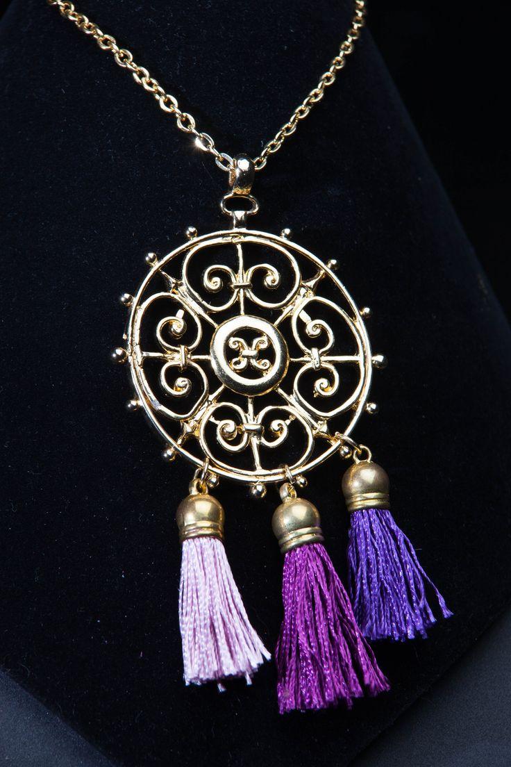 #necklace #accessories #collares #design #style #diseñovenezolano #fashion #moda #Bohochic #color #gold #jewelry
