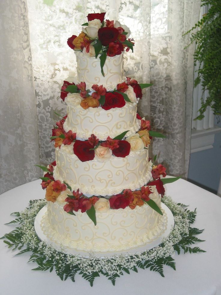 wedding cakes with pillars and flowers 17 best images about pillar wedding cakes on 26078