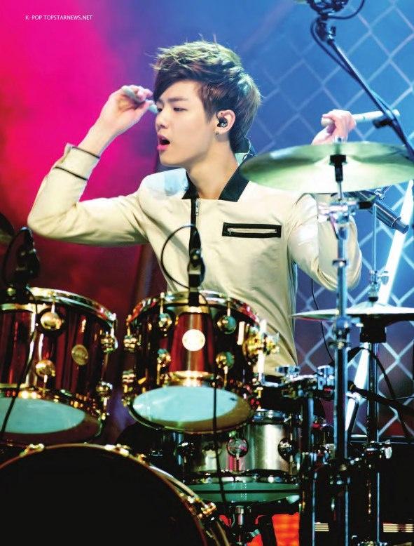 minhyuk's intense drumming <3