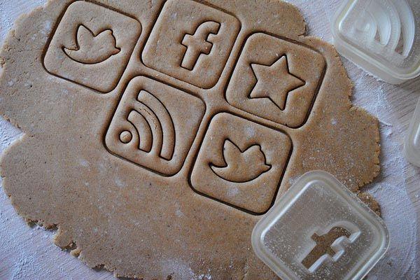 """Cookies for Geeks"" -- Social Media  Cookie Cutters. Want."