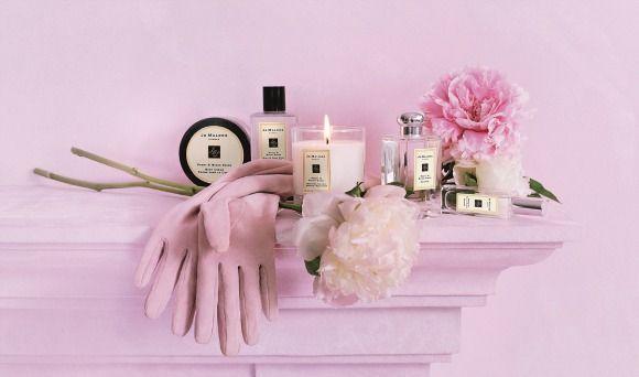 Jo Malone Peony  http://www.tentazionebenessere.it/jo-malone-peony-blush-suede/ #christmas #gift #parfum #profumo #fragance #sullasciadeiprofumi #jomalone
