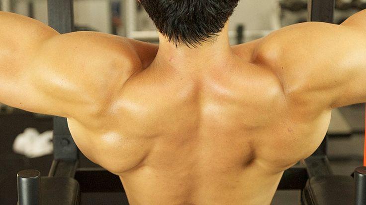 Oubliez les pectoraux, les biceps et les abdominaux pour un moment. Cette séance d'entraînement vous aide à renforcer votre dos, épaules et trapèzes #exercice #bodybuildnig #hommes Conseils sur : http://blog.moncoach.com/