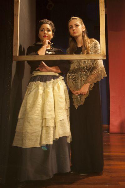 Θεατρικό εργαστήρι για εφήβους με μαθήματα υποκριτικής στο Νότιο χώρο τέχνης και δράσης στη Βούλα Νότια προάστια.