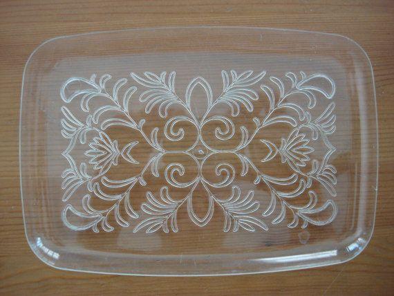 Vintage Plastic Serving Trays Set of 7 Perfect by CoolFindsShoppe