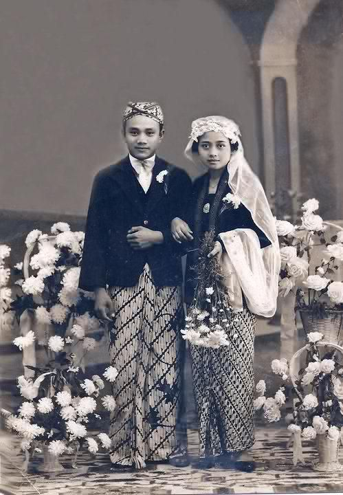 East meet West Sundanese wedding costume (my grand parents 1942)