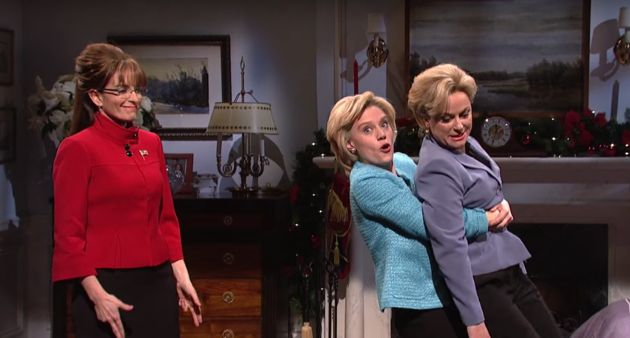 Tina Fey And Amy Poehler Bring Sarah Palin And Hillary Clinton Back To 'SNL'