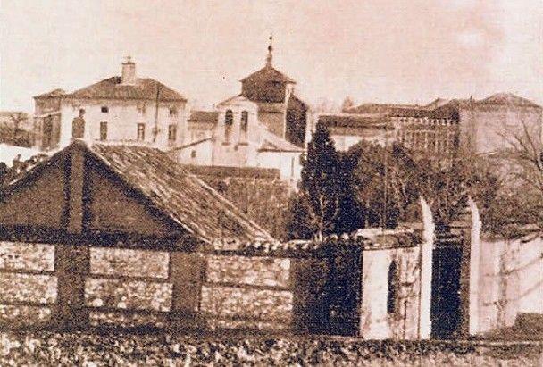Colegio del Sagrado Corazón de Chamartín de la Rosa. Madrid, 1910 - Portal Fuenterrebollo