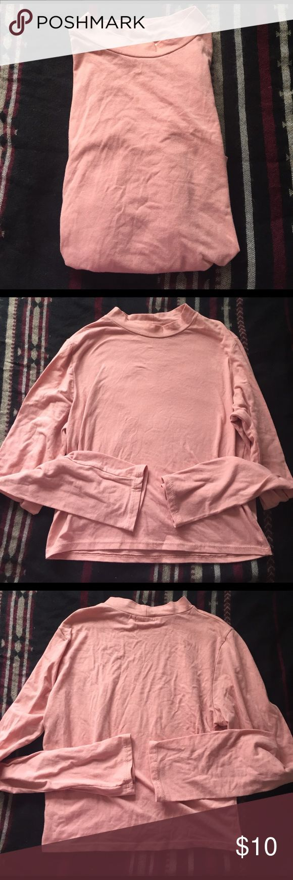 Wet seal long sleeve crop top Wet seal long sleeve crop top, size L only worn once for an oversized crop top look (Im a s-m) Wet Seal Tops Crop Tops