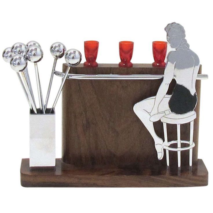 Art Deco Lady at the Bar Cocktail
