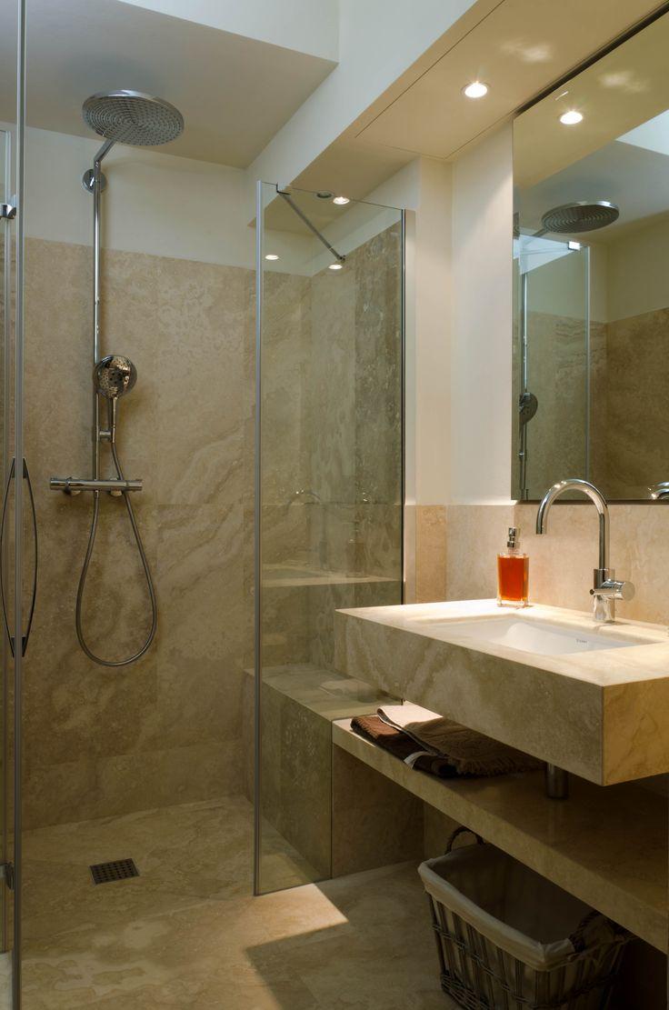 Oltre 25 fantastiche idee su bagno in pietra su pinterest - Bagno travertino ...