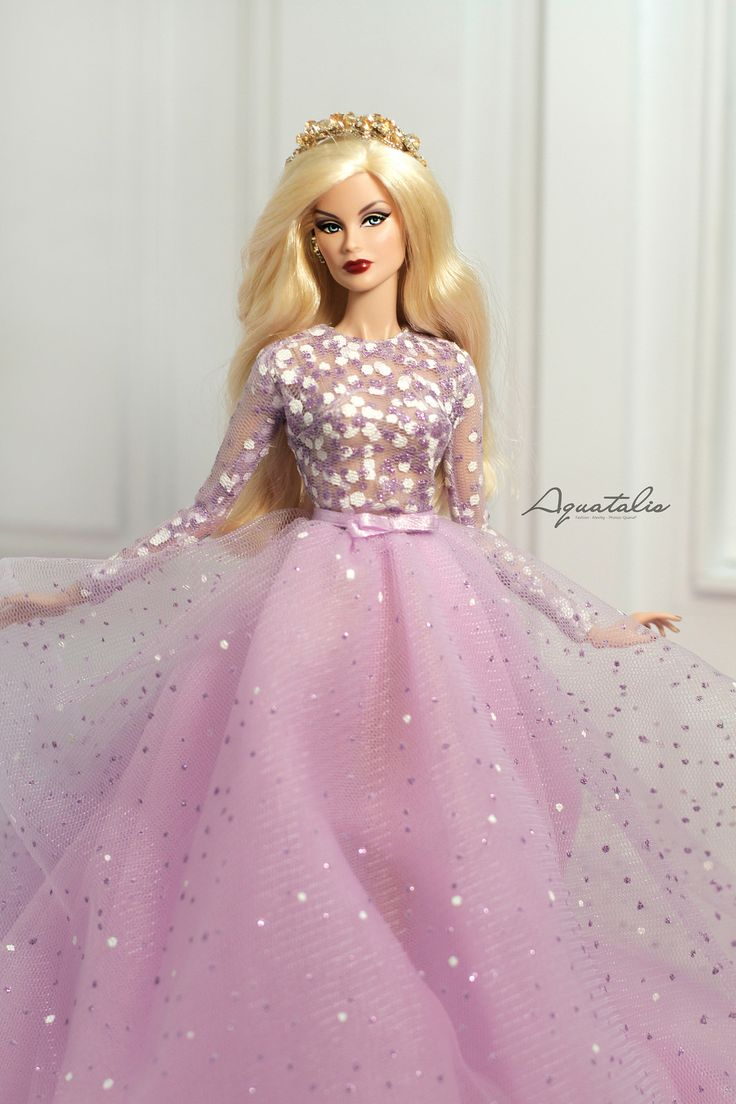 693 Best Barbie Girl Images On Pinterest Fashion Dolls Barbies Dolls And Barbie Doll