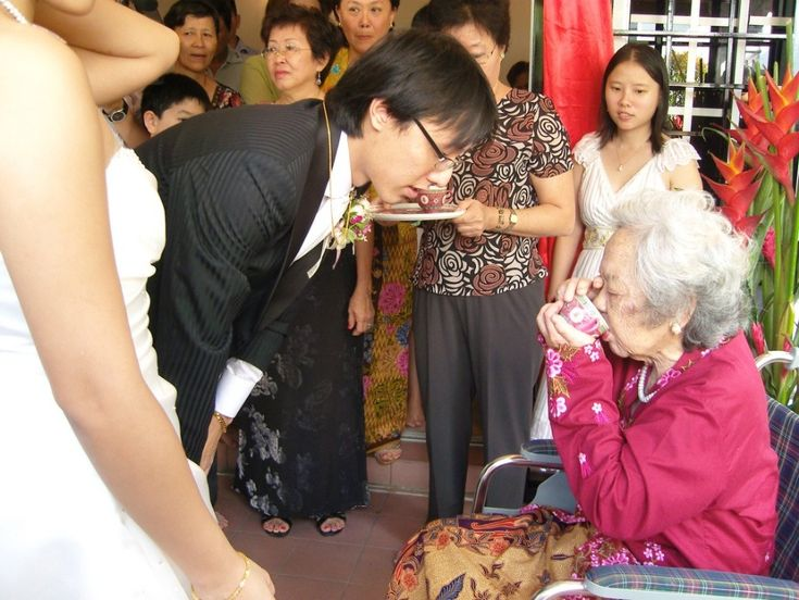 best wedding traditions novel ideas images   n tea ceremony in kuala lumpur the bride and groom offer tea to