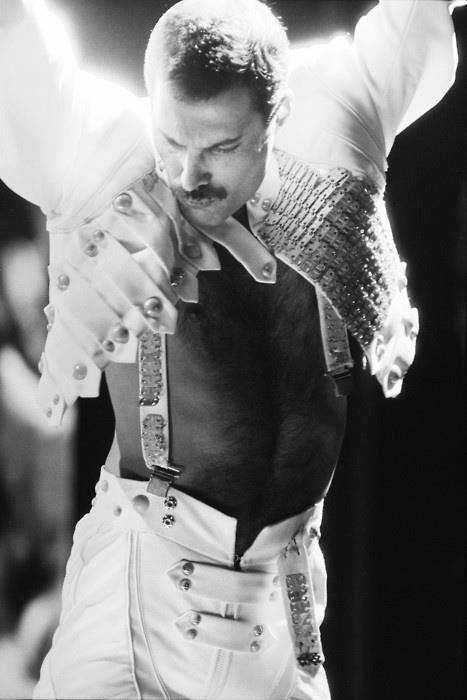 Rock Guitar Heroes  Queen  39 s Freddie Mercury