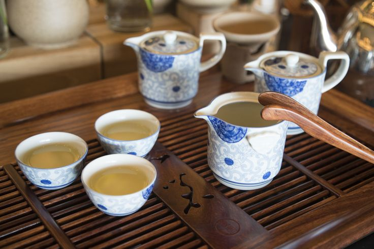 #Western people like to drink #coffee, but #Chinese people prefer #tea. When you are in Rome, do as Romans do. Enjoy a lazy #afternoon tea with your #love or #friends at #Sanya. #Whererefreshingbegins #Food #SanyaRepin #SanyaHeartstoHearts