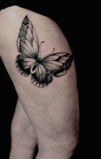 Tatouage Papillon Noir-et-blanc sur Cuisse pour Femme