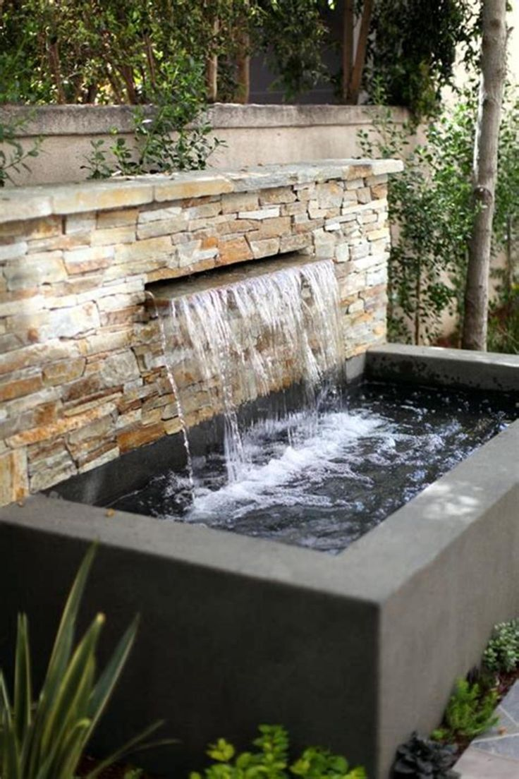 30 Affordable Backyard Water Fountains Design Ideas