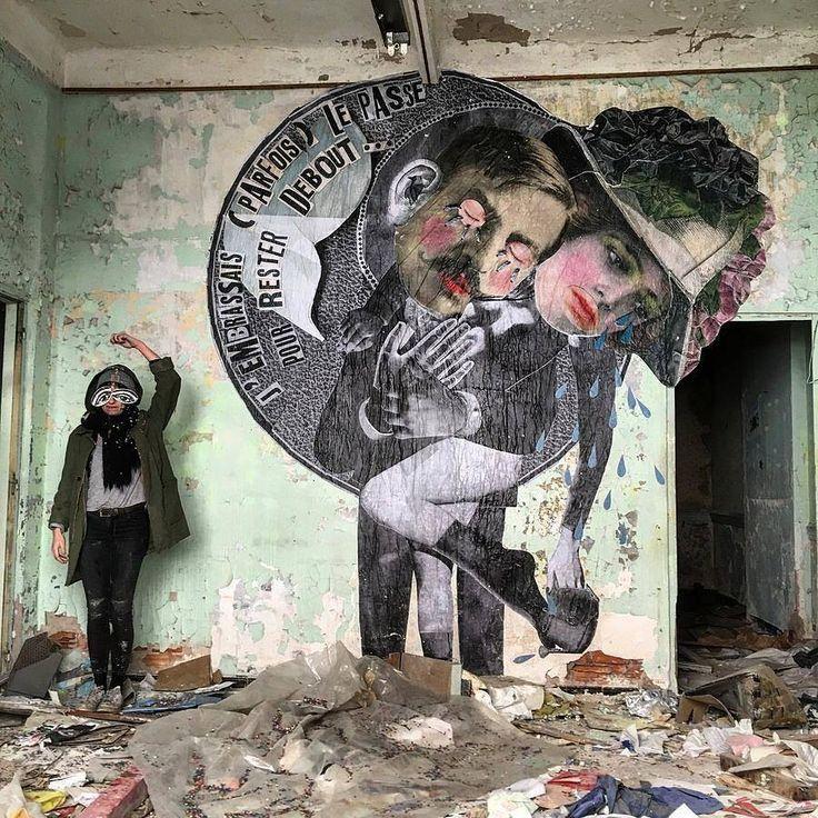 Wheatpaste, Marsella by madame moustache street art
