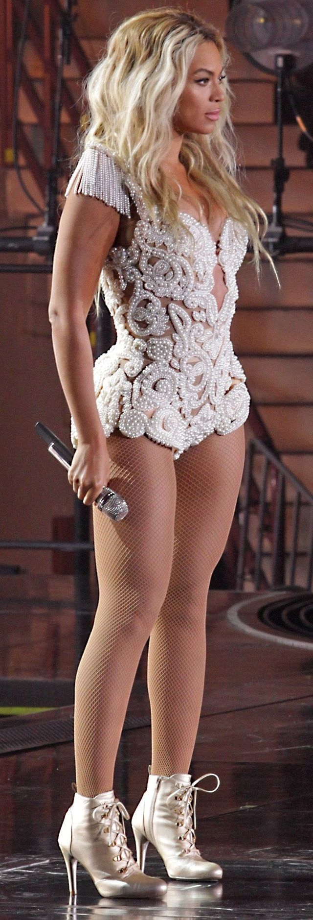 Once upon a Time there was. ..a real Queen by the name Beyonce. Gorgeous!