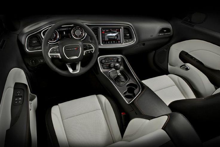 2015 Dodge Challenger RT Interior