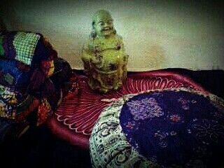 Thai triangle and Zafu pillow