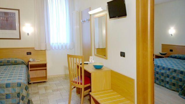 Tripla Superior due camere Hotel Casa del Pellegrino
