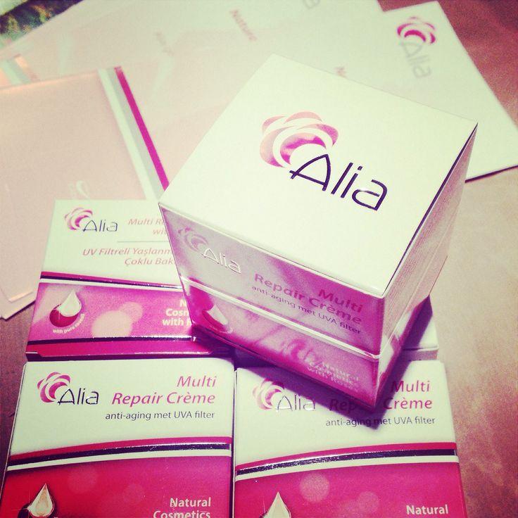 Seizoensfavoriet op tijd binnen: #MultiRepairCreme #Alia #Turkye #natural #cosmetics #rose #bdih #ecocontrol #anti_aging #uvafilter