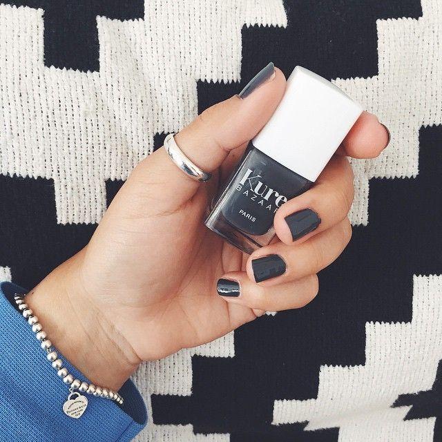 """Gefällt 1,325 Mal, 33 Kommentare - Daria Alizadeh (@dariadaria_com) auf Instagram: """"Neu in meiner Nagellack Kollektion: mein erster @kurebazaar Nagellack! 100% vegan und 85%…"""""""