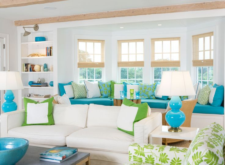 pop of color: Livingrooms, Living Rooms, Blue Green, Windowseat, Colors Schemes, Beachhous, Beaches Houses, Window Seats, Bays Window