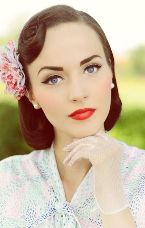Vintage Wedding Make Up.. Love it the makeup. Flawless.. Simple hair, maybe add a little wave to it. Its the perfect look!