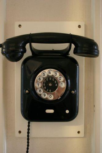 Antieke telefoon jaren 20-30 bakeliet & metaal GERESTAUREERD