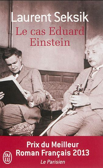 Prêtant sa voix à Eduard, le fils d'Albert Einstein interné dès l'âge de 19 ans en clinique psychiatrique, l'auteur dévoile un drame familial et la part d'ombre d'un savant au coeur des troubles internationaux des années 1930.