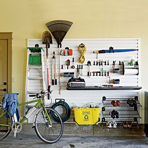How to Find Valuable Items at Garage Sales #stepbystep