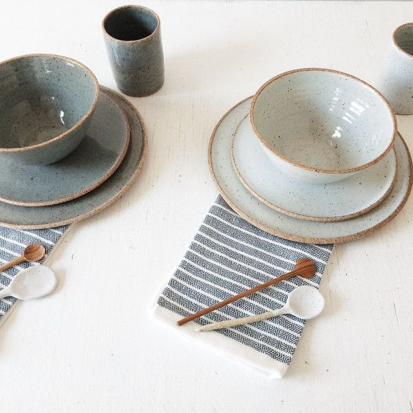 As seen in Country Living, Food & Wine & Bon Appetite, our modern, yet rustic handmade stoneware ceramic plates are perfect for everyday or entertaining.