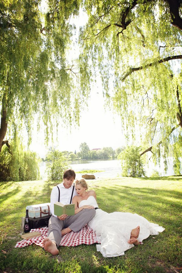 Picnic seating...This would make a beautiful wedding photo at Spring Lake or even an engagement session photo!