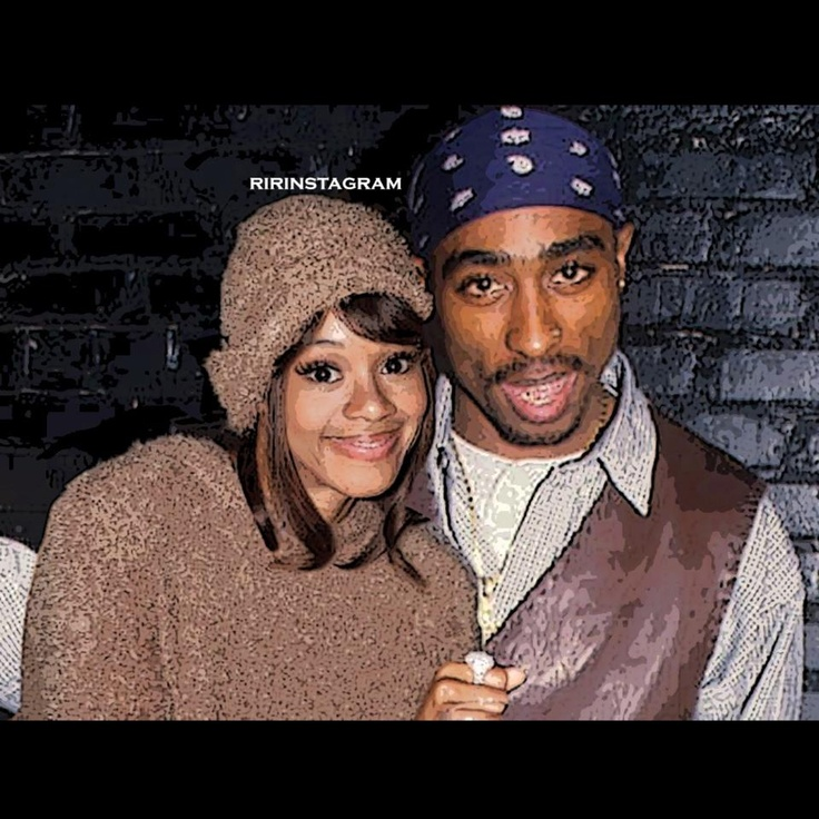 Tupac & Lisa Left Eye Lopez Wow! It's so sad looking at this knowing that they are both gone... RIP guys