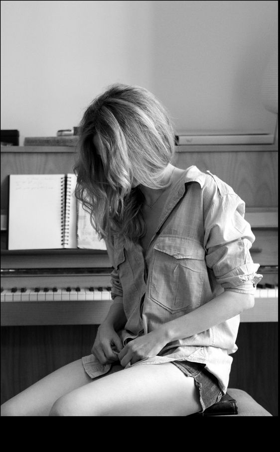 En el estudio de Christina Rosenvinge