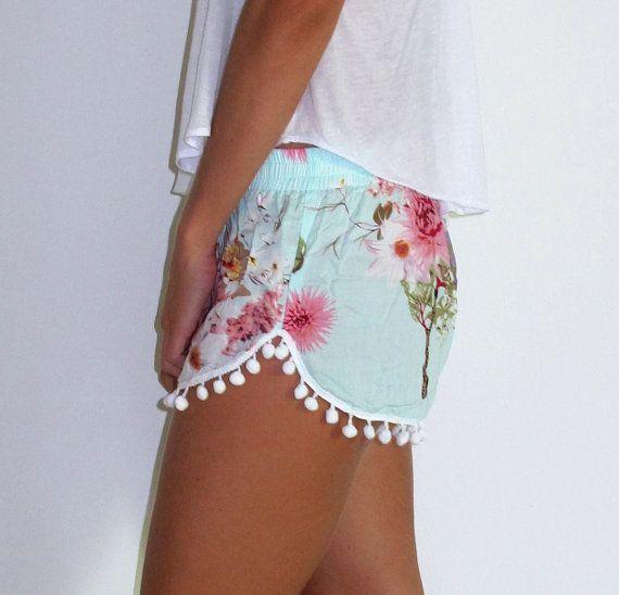Pom Pom cortos Aqua flor de impresión con gran por ljcdesignss