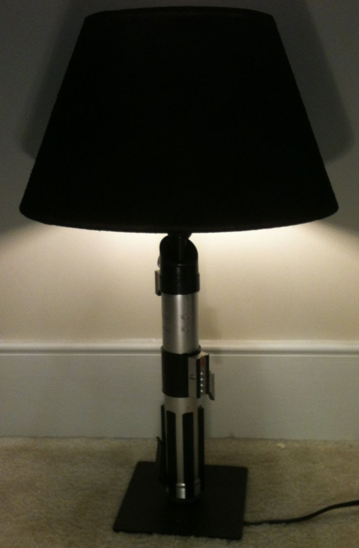 HOWTO: DIY Star Wars Light Saber Lamp - Geek Crafts