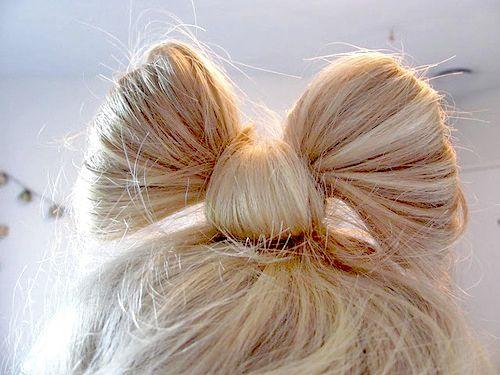Hair Bows...always cute.Hairbows, Rainbows Hair, Hairstyles, Bows Ties, Bows Buns, Blue Hair, Hair Style, Hair Bows, Colors Hair